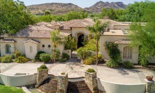 Homes for Sale in Glendale, AZ $750K or More
